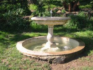 La fontana - Storie - La Scatola Nera blog letterario